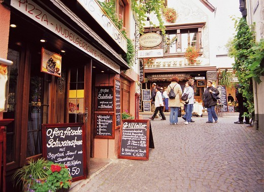 Thrush Alley, Rudesheim, Germany : Stock Photo