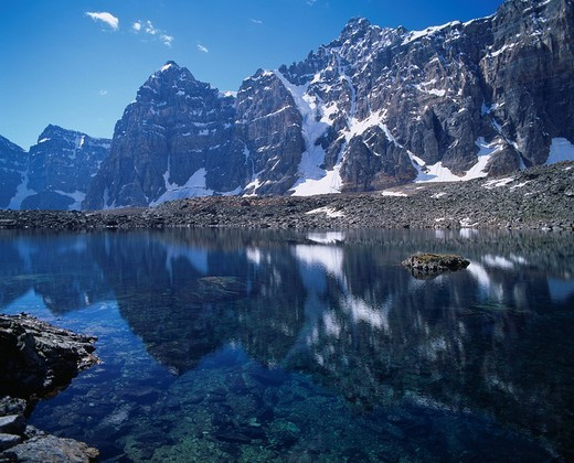 Stock Photo: 4034-7108 Rayfel Lake Banff National Park Rockies Canada