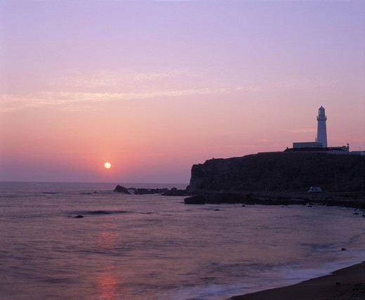 Inuhoe_zaki Sunrise Morning glow Kimigahama Choshi Chiba Sun Lighthouse Beach Sea : Stock Photo