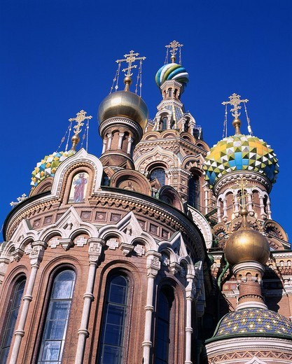 Spas na krovi Cathedral St.Petersburg Russia World Heritage Blue sky : Stock Photo