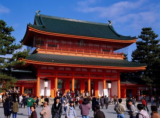 Heian Templengu Shrine First visit in the year to a shrine Kyoto Japan Sky Clouds Tree Paper lantern Gate People Pine tree : Stock Photo