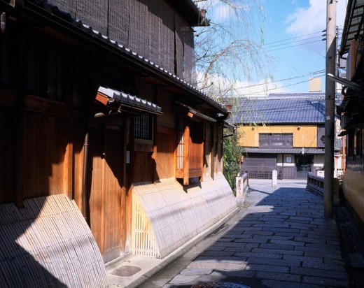 Winter Gion Tatsumi Bridge, House average Kyoto Higashiyama Kyoto Japan Sky Clouds Way Alley Machiya : Stock Photo