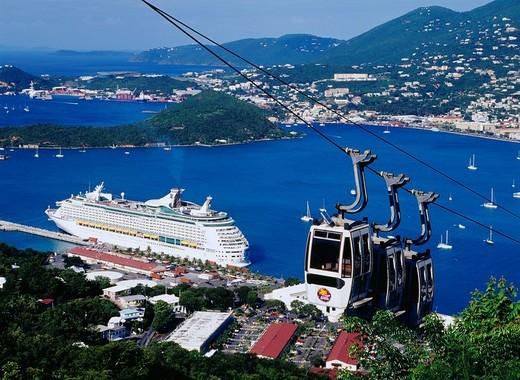 Paradise point, Ropeway, Charlotte Amalie port, cruise ship, Saint Thomas, U.S. territory Virgin Islands, Latin America : Stock Photo