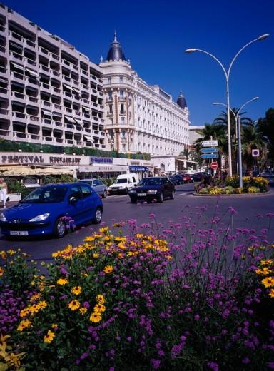 Croisette passage Cannes France : Stock Photo