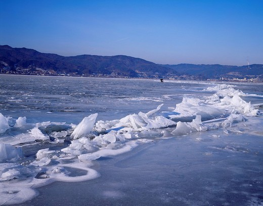 Stock Photo: 4034-97610 Omi span, Lake Suwa, Suwa, Nagano, Japan