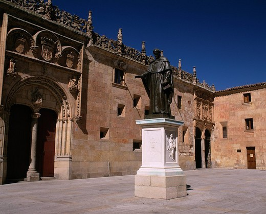 Stock Photo: 4034-98889 Bronze statue, Salamanca university, Salamanca, World Heritage, Spain