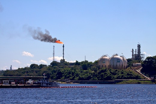 Stock Photo: 4038-175 Oil refinery, Manaus, Amazonas, Brazil