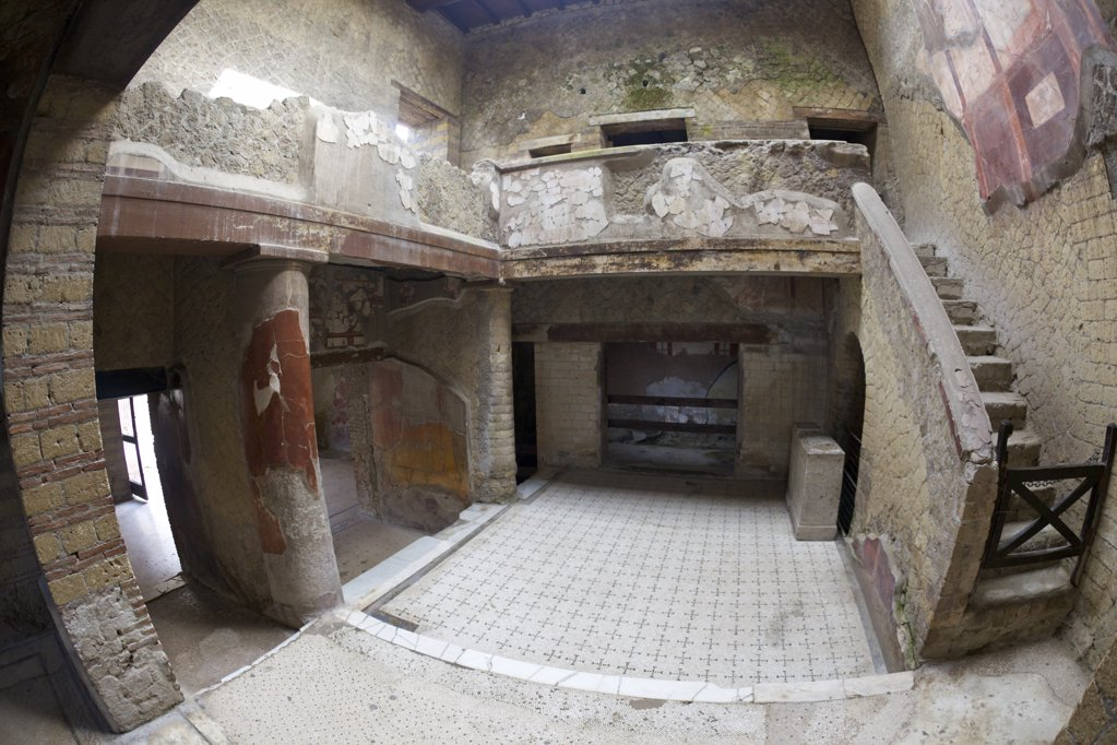 Stock Photo: 4042-1307 Italy, Herculaneum, House with decorated courtyard