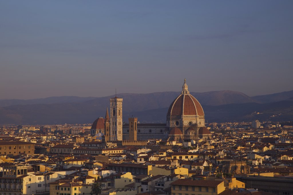 High angle view of Duomo Santa Maria Del Fiore at dawn viewed from Piazzale Michelangelo, Florence, Tuscany, Italy : Stock Photo