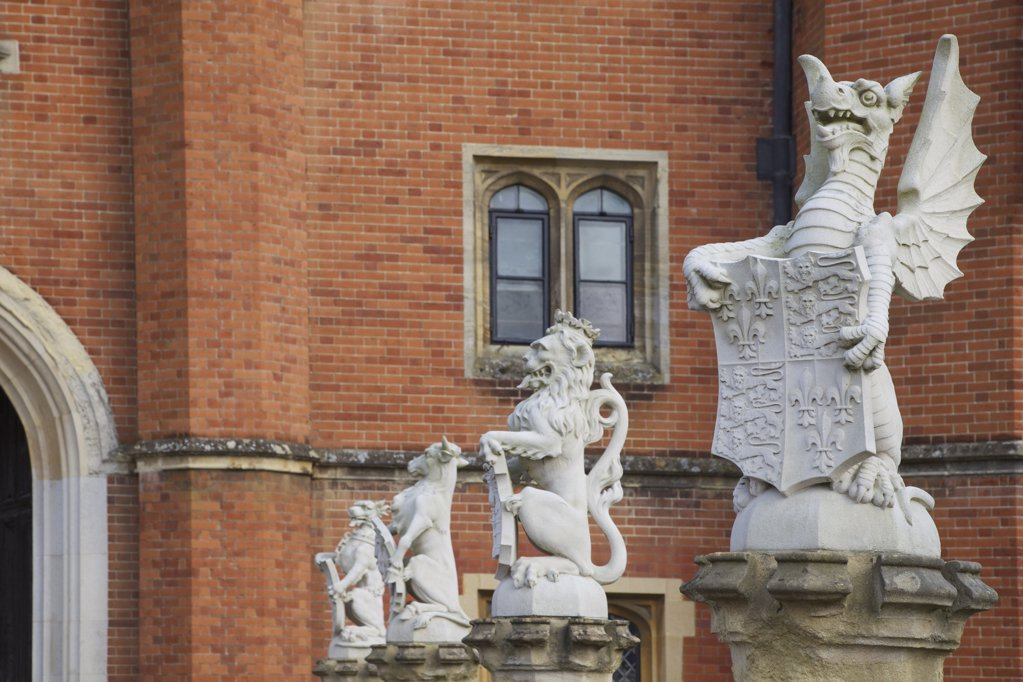 Great Britain, United Kingdom, England, Surrey,  London, Hampton Court Palace, Heraldic Statues outside the Great Gatehouse : Stock Photo