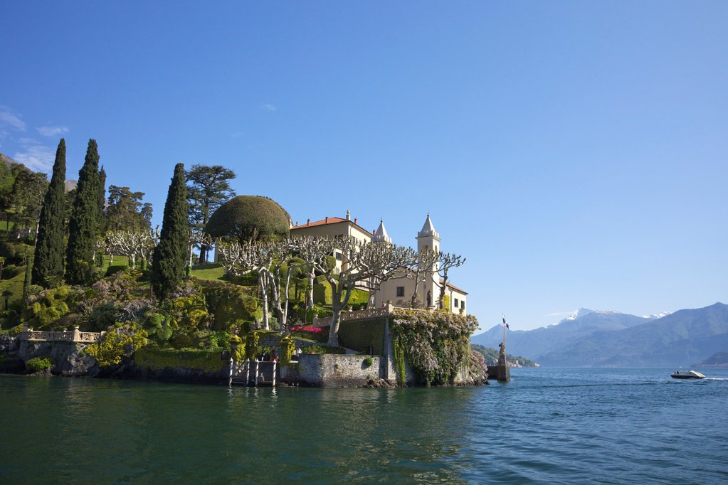 Stock Photo: 4042-2176 Italy, Lake Como, Villa del Balbianello on Punta di Lavedo in spring sunshine