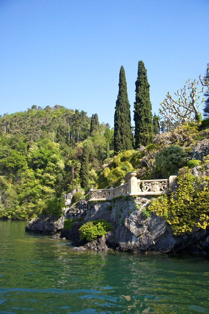 Stock Photo: 4042-2177 Italy, Lake Como, Villa del Balbianello on Punta di Lavedo in spring sunshine