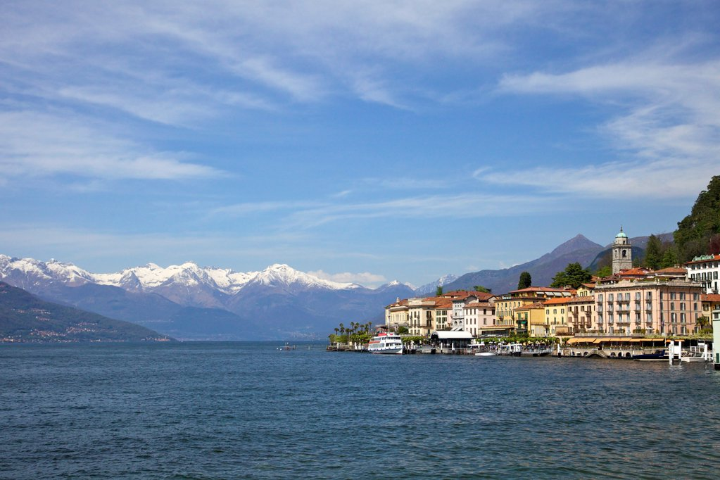 Stock Photo: 4042-2183 Italy, Lake Como, Bellagio, Spring sunshine in Bellagio