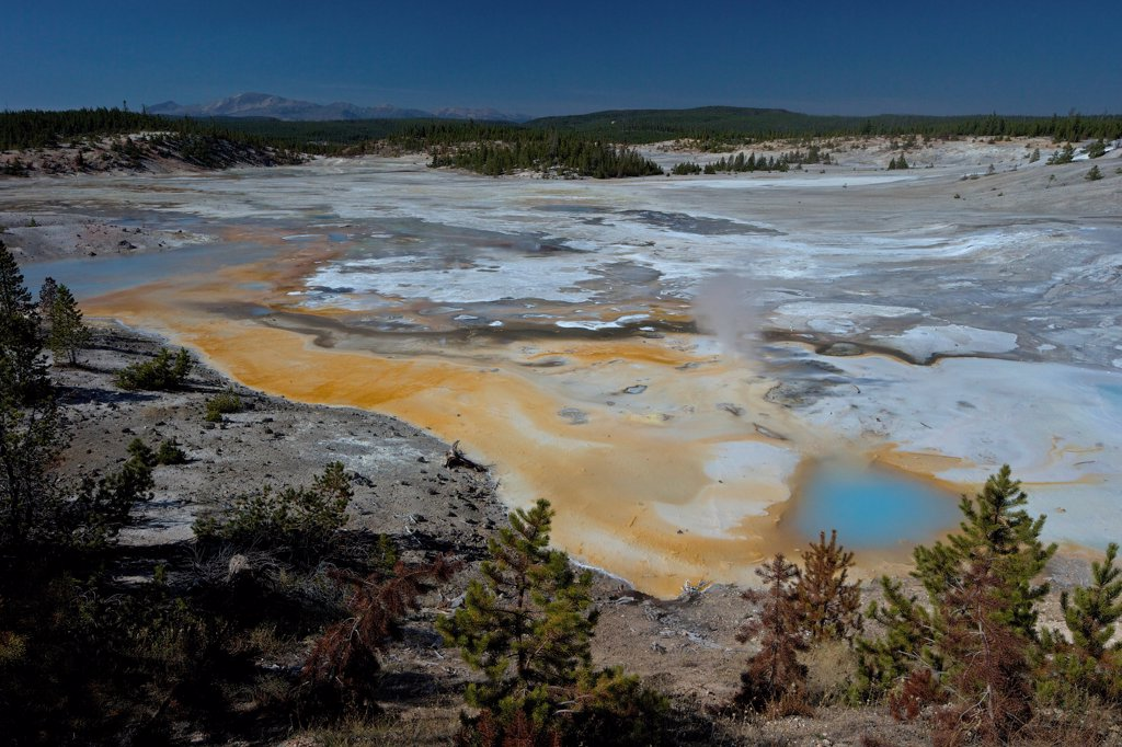 Stock Photo: 4042-2262 USA, Wyoming, Yellowstone National Park, Norris Geyser Basin, Porcelain Basin, View of Porcelain Springs