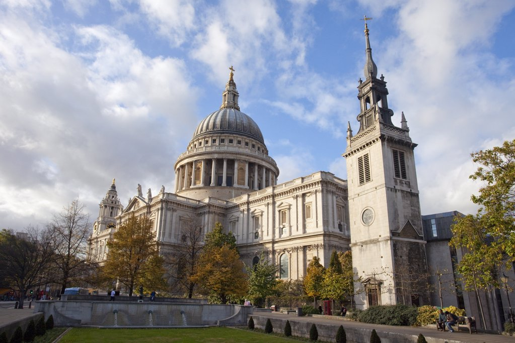 Stock Photo: 4042-228 Low angle view of a cathedral, St. Paul's Cathedral, City Of London, London, England