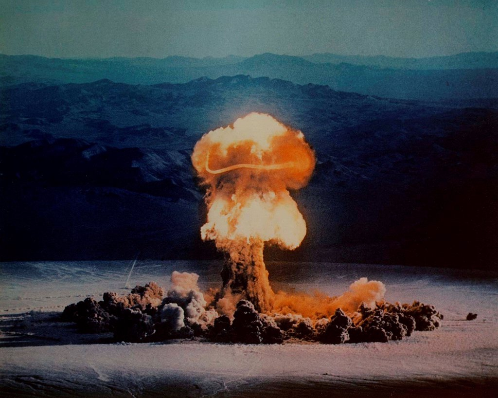 The PRISCILLA Shot was a 37 kiloton nuclear test that subjected 1,200 live pigs to blast-effects studies. Pigs were burned in the blast and showered with glass blast debris. June 24, 1957 at the Nevada Test Site. : Stock Photo