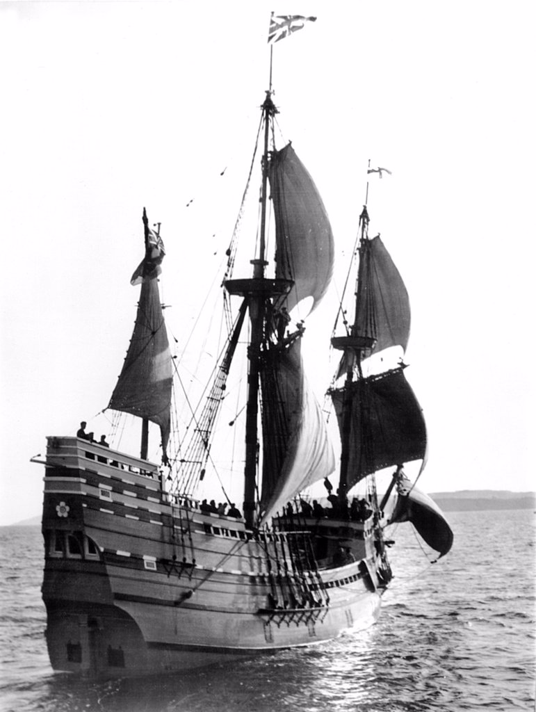 Stock Photo: 4048-1677 Mayflower II, Plymouth Harbor, Plymouth, England, 1957