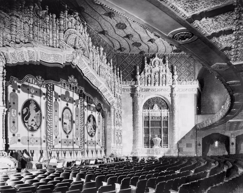 Movie theaters, The Indiana Theatre, 134 West Washington Street, Indianapolis, Indiana, photograph by Koehne E. Bretzman, circa 1927. : Stock Photo
