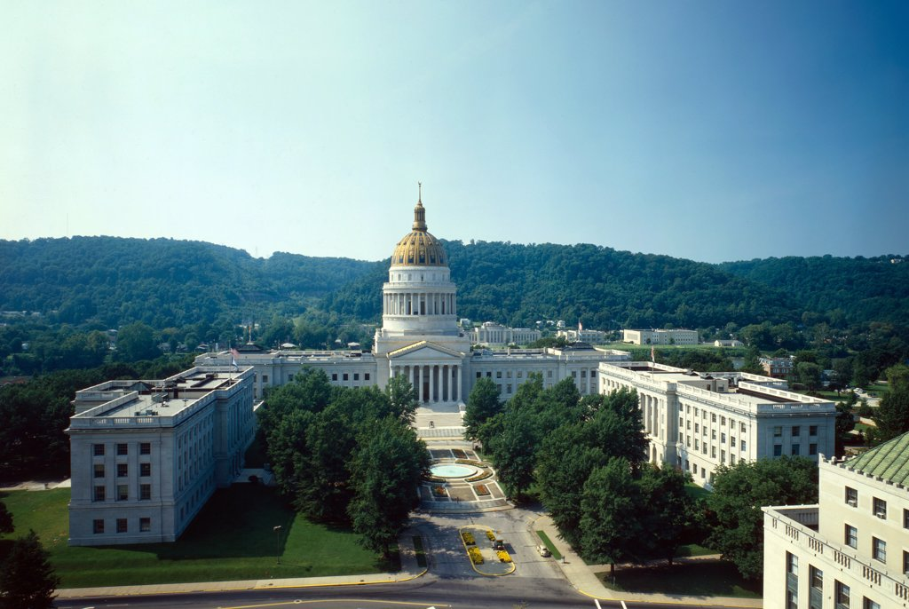 Stock Photo: 4048-4477 West Virginia Capitol, 1800 Washington Street, Charleston, WV, photo 1981