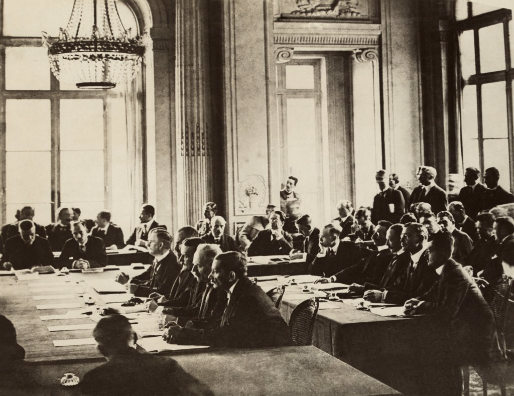 the treaty of versailles and ww2