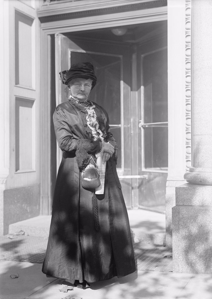 Labor Union activist, Mother Jones (1837-1930), was a founder of the United Mine Workers and the Industrial Workers of the World. Ca. 1920. : Stock Photo