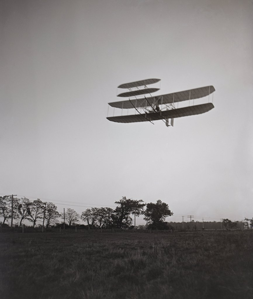 Stock Photo: 4048-7833 Orville Wright 1871-1948 flying on October 4 1905 at Huffman Prairie Dayton Ohio. LC-DIG-ppprs-00658
