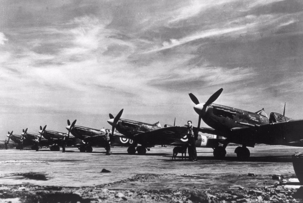 Stock Photo: 4048-828 World War II, British spitfire planes during the Battle of Britain, 1940.