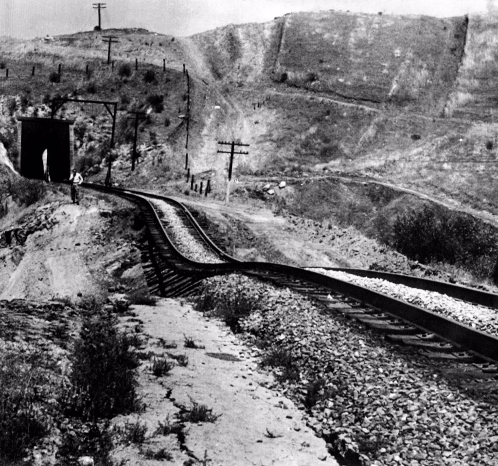 Stock Photo: 4048-8409 Railroad tracks damaged by an earthquake. Tehachapi, California was hit by a magnitude 7.3 Richter scale earthquake on White Wolf Fault in Kern County. 9 people were killed. July 21, 1952.