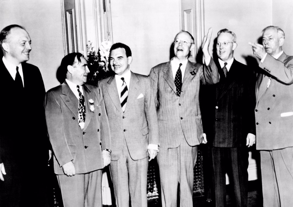 GOP presidential hopefuls at the 1948 Republican National Convention in Philadelphia. L-R: Gov. Howard Stassen, Speaker the House Joseph Martin, Jr., Gov. Thomas Dewey, Sen. Robert Taft, Gov. Earl Warren and Sen. Edward Martin. June 21, 1948. : Stock Photo