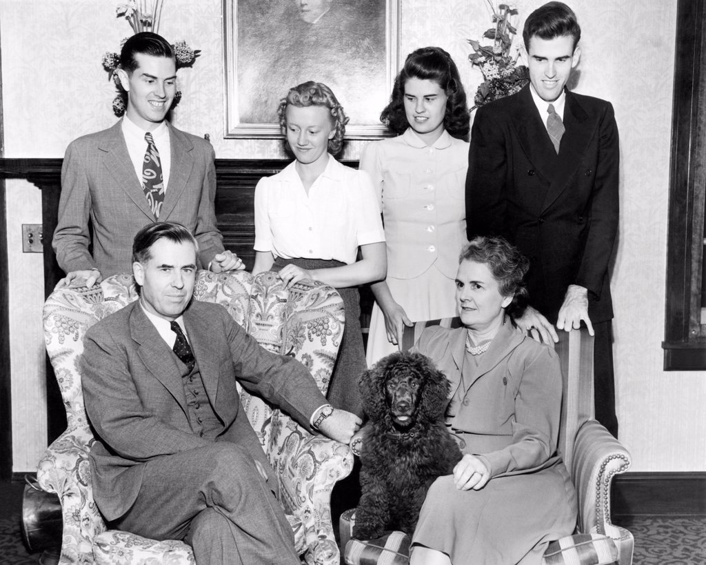 Vice Presidential nominee Henry Wallace with his family in Des Moines, Iowa. L-R: Seated Henry Wallace and Mrs. Florence Wallace. Standing are their children: Henry, 25, Florence, Jean, 20, and Robert, 22. Aug. 31. 1940. : Stock Photo