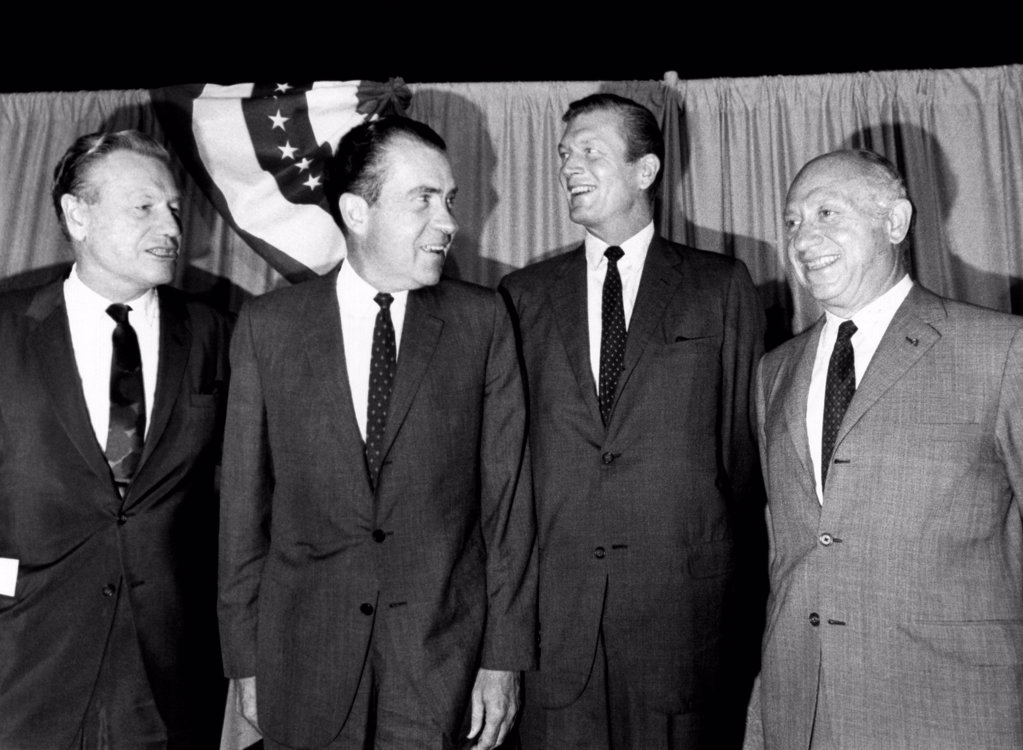 GOP presidential candidate Richard Nixon joins New York's top Republicans. All had been cool to his nomination, but pledged to help get him elected. L-R: Gov. Nelson Rockefeller, Nixon, New York City Mayor, John Lindsay, and Senator Jacob Javits. Sept. 11, 1968. : Stock Photo