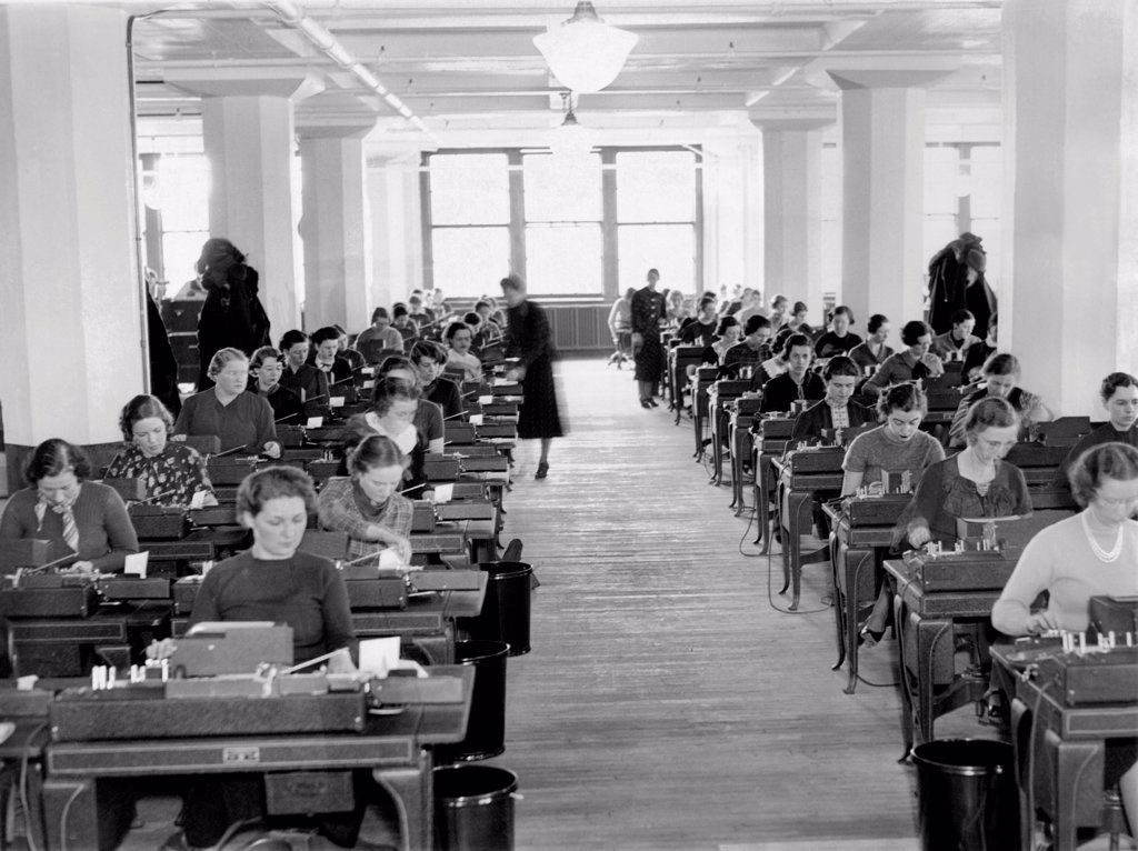 Stock Photo: 4048-9575 Social Security workers in the new offices established in Baltimore, Maryland. Nov. 11, 1936.