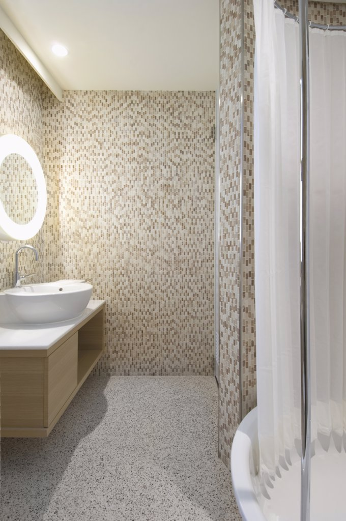 Stock Photo: 4053-5425 Mosaic tile walls in modern bathroom