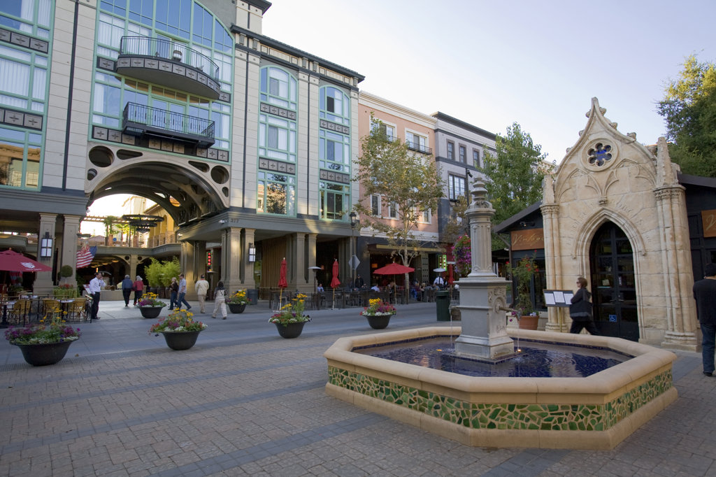 Stock Photo: 4055-1330 Santana Row, San Jose, California, USA