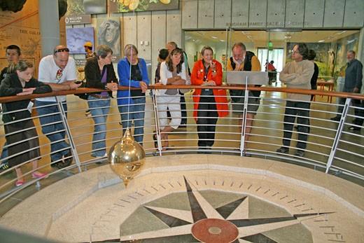 People pendulum exhibit, new California Academy of Sciences, San Francisco California : Stock Photo
