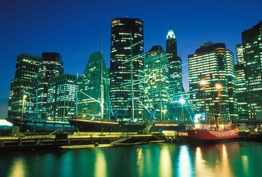South Street Seaport, Lower Manhattan Skyline, New York : Stock Photo