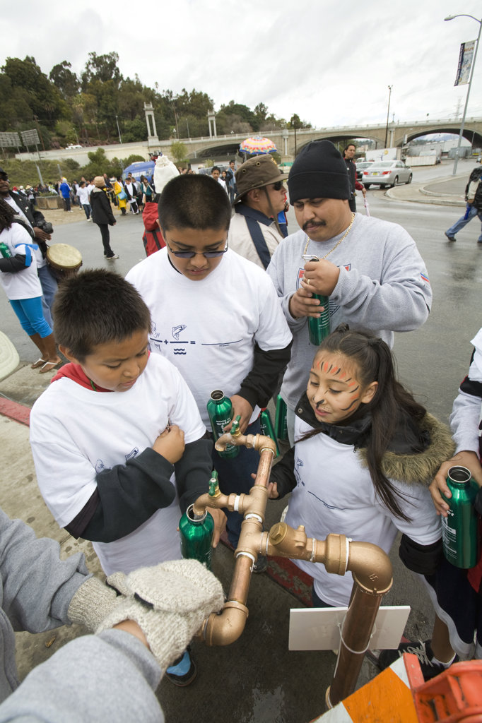 March for Water, World Water Day 2009, in downtown Los Angeles. March 22, 2009. A community march highlighting the local state water crisis that has resulted from a dysfunctional management : Stock Photo