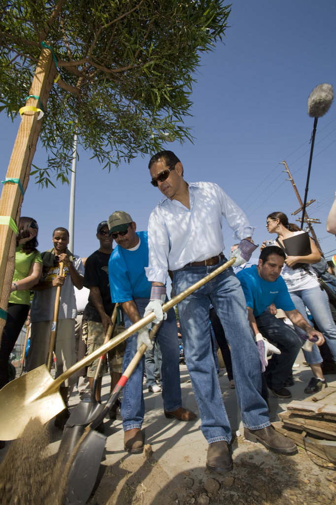 Stock Photo: 4055-5300 Mayor Antonio Villaraigosa at a tree planting along Mission Road in East Los Angeles, part of the Mayor's Million Trees LA Initiative. Los Angeles, California