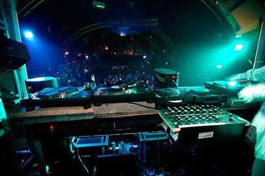 Stock Photo: 4062-1096 Decks & Mixers