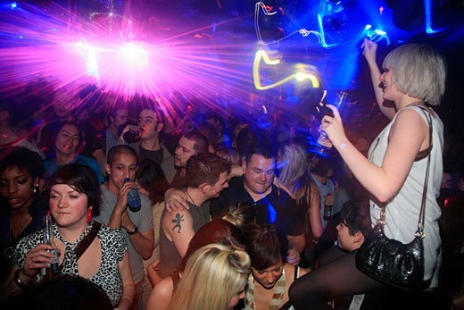 Stock Photo: 4062-3570 Clubbers dancing at the Last night at Turnmills, The Heavently Get Together, London, UK, 22.3.08