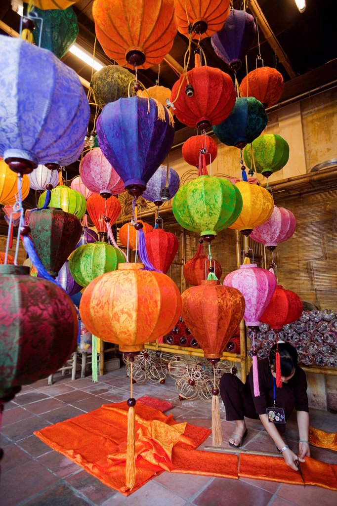 Stock Photo: 4065-20715 Vietnam,Hoi An,Paper Lantern Shop Display