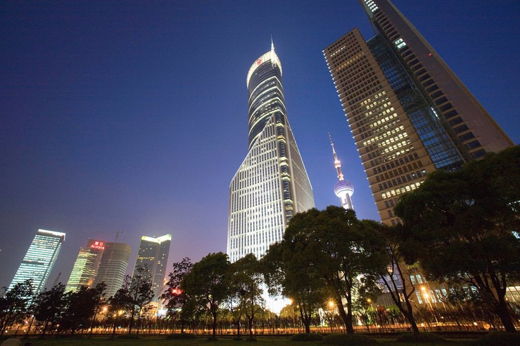 Stock Photo: 4065-2899 Skyscrapers in Liujiazui at night, Pudong, Shanghai, China