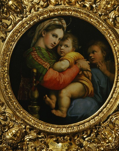 The Madonna of the chair c.1516 with infant Saint John know as Madonna della Seggiola : Stock Photo