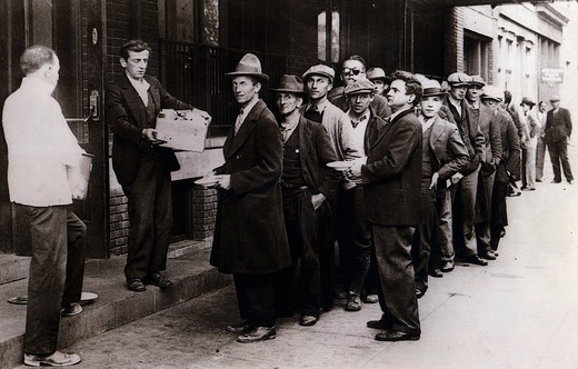 Stock Photo: 4069-5545 Central Union Mission distributing bread to the unemployed, Washington DC, USA, photograph, October 1930