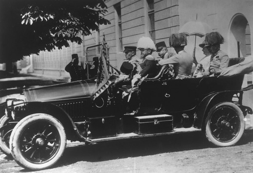 Archduke FRANZ FERDINAND, 1863-1914 with his wife Duchess Sophie and others in his offical car before his assassination, 28 June 1914, Sarajevo : Stock Photo