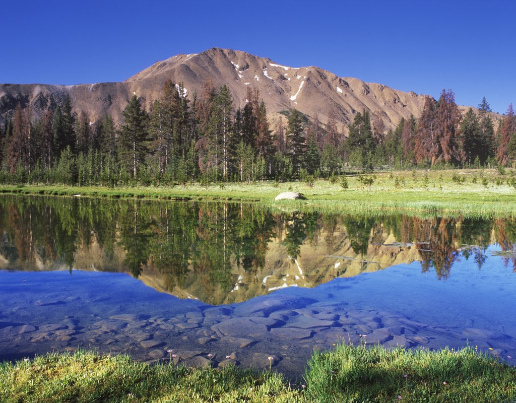 Stock Photo: 4070-9506 Fourth of July Lake with reflections, Sawtooth NRA, Idaho, USA