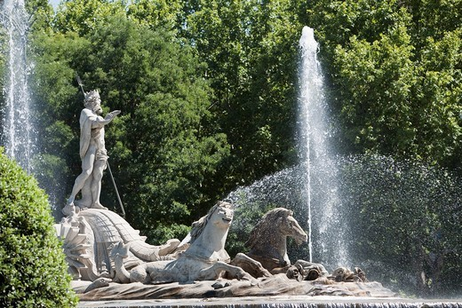 Neptune fountain, Plaza Canovas, Madrid, Spain : Stock Photo