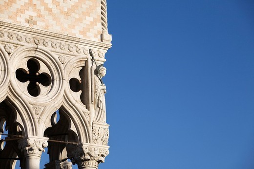 Stock Photo: 4073R-4979 Detail on corner of Doges Palace, Venice, Italy