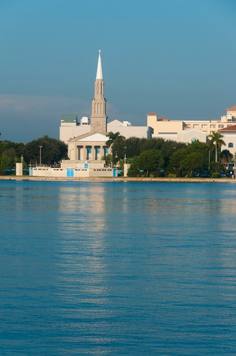 USA, Florida, West Palm Beach, Waterfront, First Baptist Church : Stock Photo