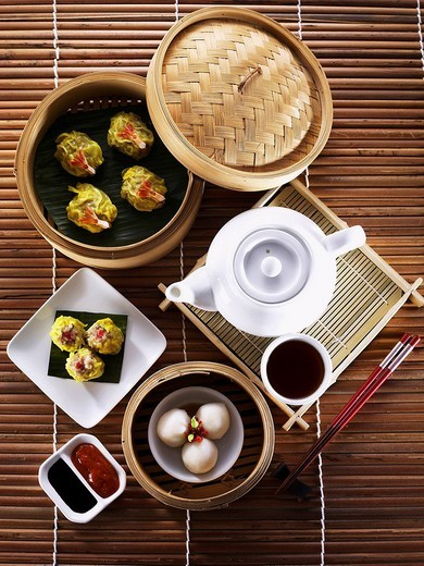 Stock Photo: 4079R-2577 dim sum meal with tea